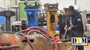 Taller de martillos hidráulicos